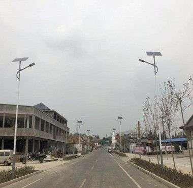 喀什地区口碑好家用太阳能灯施工队,扶贫路灯