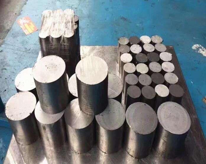 烟台实惠的20Cr2ni4热轧圆钢厂,22CrMoH2-51热轧圆钢联系方式